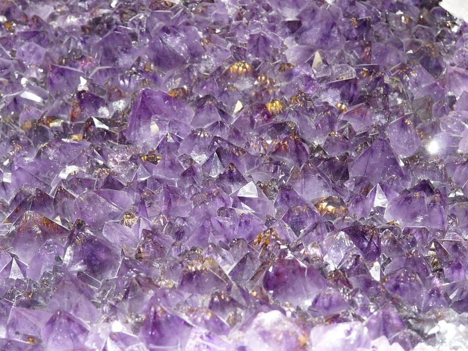 You are currently viewing Il significato delle pietre dure tra scienza e folklore