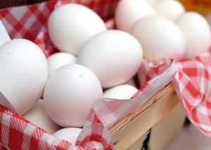 Read more about the article Recuperare componenti metallici ossidati: patine o tecnica dell'uovo?