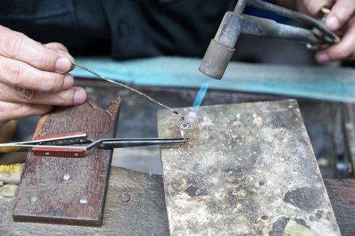 Read more about the article Come scegliere materiale per saldare bigiotteria